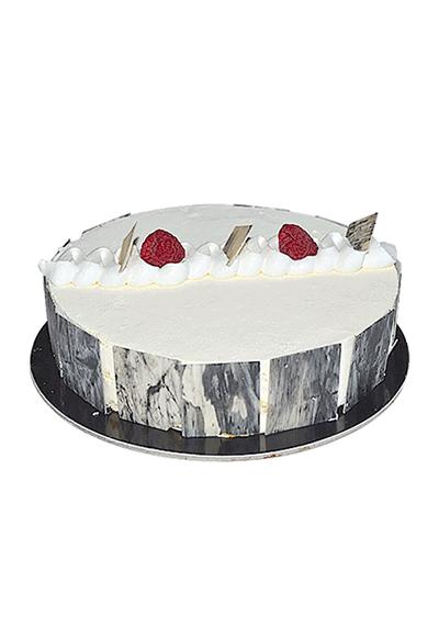 Vanilla Tentation Cake
