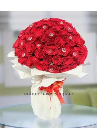 100 Prime Roses Hand Tied